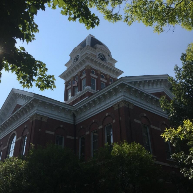 Saline County Courthouse. Photograph by Sean Rost.