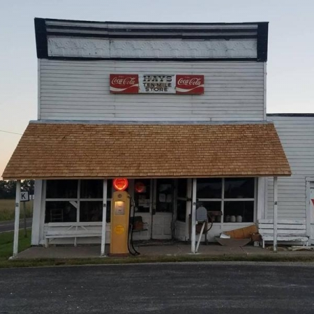 Closing Time at the Ol' Country Store. Photograph by Wade King.