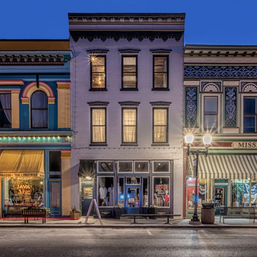 Evening on Main Street. Photograph by Wanda Parsons. **Selected for the My Missouri 2021 exhibition**