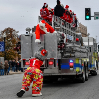 Chillicothe Christmas Parade 2018. Photograph by Butch Shaffer.