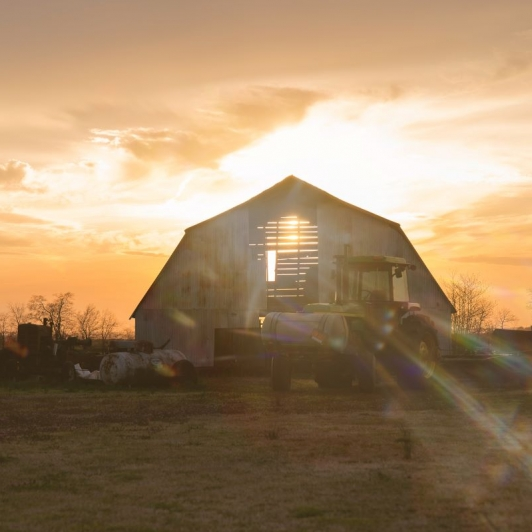 Sunset Barn. Photograph by Christina Wheeler. **Selected for the My Missouri 2021 exhibition**